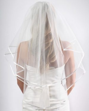 Satin_Ribbon_Veil_AR001